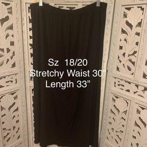 Skirts - PLUS BLACK LONG STRETCHY SKIRT